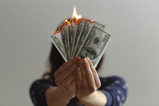 Making Investments: The Ponzi Scheme